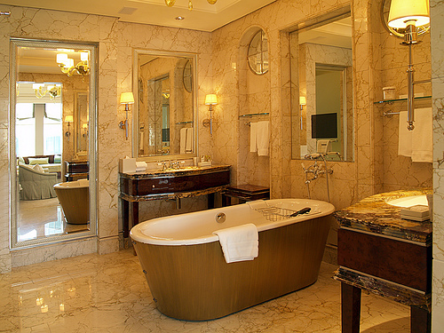 st-regis-singapore-bathroom