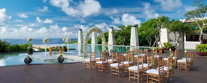 Banyan-Tree-Ungasan-Romance-Wedding-Bambu-1170x470