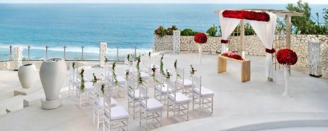 Banyan-Tree-Ungasan-Romance-Wedding-JuMaNa-1170x470.jpg