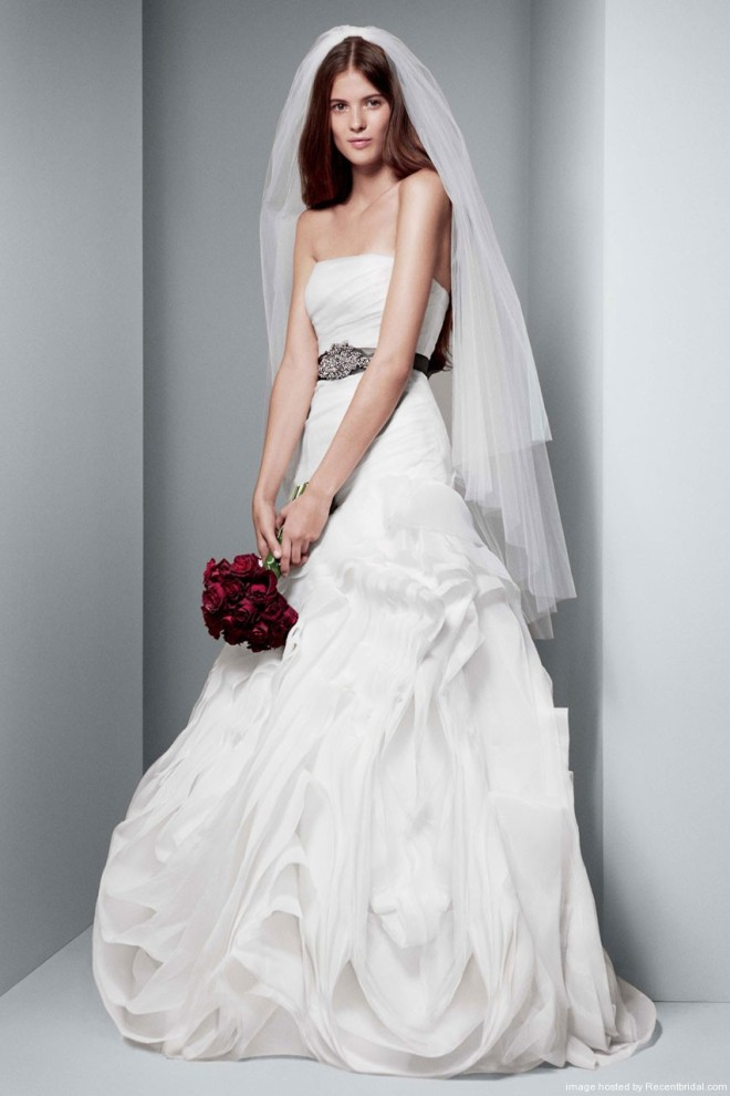 white-by-vera-wang-fit-and-flare-bridal-gown-with-bias-flange-skirt-vw351011